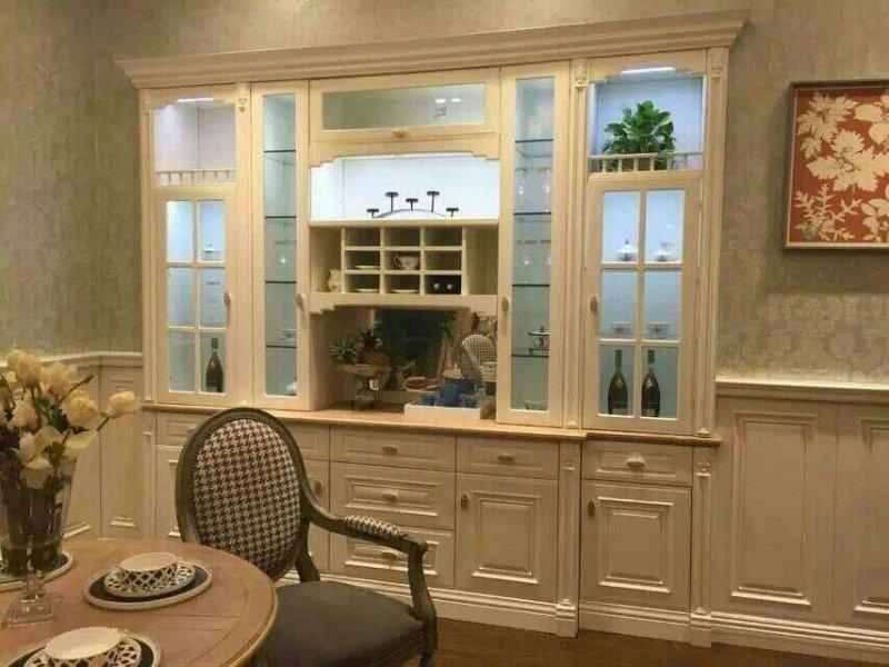 电视墙造型带酒柜